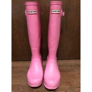 Bubblegum Pink Hunter Rainboots